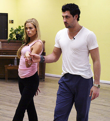 Denise Richards and Maksim Chmerkovskiy in rehearsal