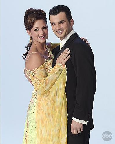 Sara Evans and Tony Dovolani